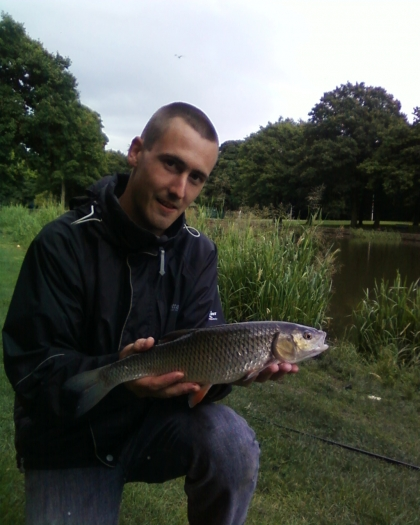 Charley walton s fishing diary chub fishing at middleton for Charley s fishing
