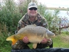 Peter Ruscoe 23lbs 0oz Carp, monument  nut.. Peg 4