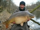 Colin Meneaud 41lbs 0oz Mirror Carp from Sweet Chestnut Lake. After returning a 29lb Mirror, I  threw in some more sweetcorn and went back to the house for 20 minutes to rest the swim. On my return I
