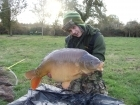 32lbs 10oz Mirror Carp from The Monument. http://www.youtube.com/watch?v=gNqtuKeJ4M0 (copy & paste the link)