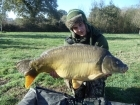 32lbs 4oz Mirror Carp from The Monument. http://www.youtube.com/watch?v=gNqtuKeJ4M0  (copy & paste the link)