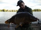 Sam Burley 14lbs 0oz Mirror Carp from Earlswood Lakes. Method feeder