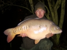 34lbs 0oz Mirror Carp from Rookley Country Park using carp company ice red.