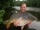 31lbs 10oz Mirror Carp from Sweet Chestnut Lake using Mistral Crab and Crawfish 15mm.. Standard semi-fixed rig with crab boilie. The fish was actually played and landed by my wife, Val, while I